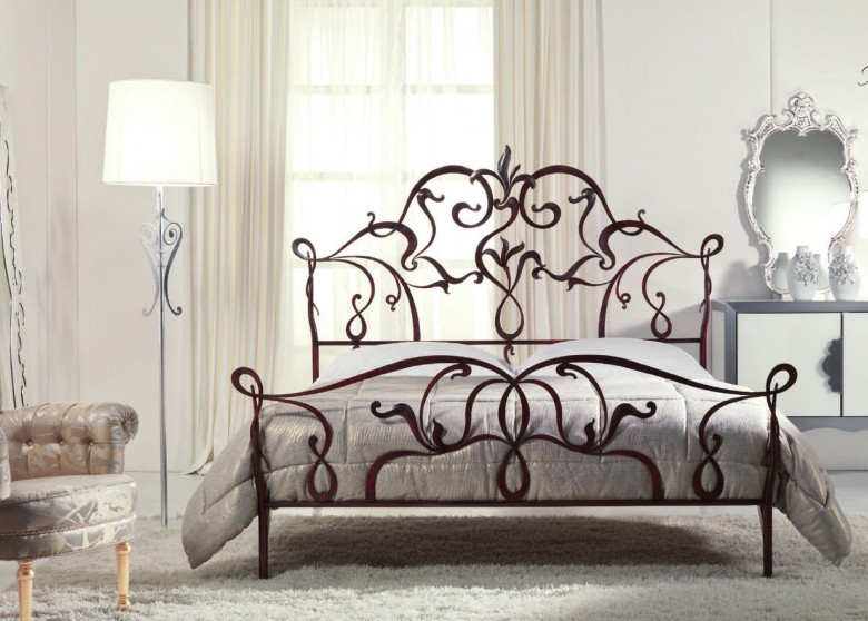 massiv metallbett valongo metallbettenshop. Black Bedroom Furniture Sets. Home Design Ideas